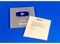 Серебряная кнопка от YouTube