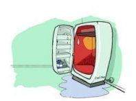 Из-за чего в холодильнике начинается течь: как устранить и причина появления.