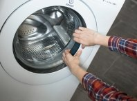 Люк стиральной машины не открывается, как поступить в этом случае.