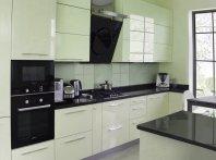 Правильная расстановка бытовых приборов на кухне.