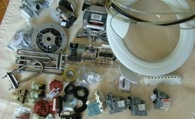 Старая стиральная машина-автомат. Разборка на детали и запчасти