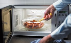 Що і як правильно готувати в мікрохвильовій печі: поради по експлуатації