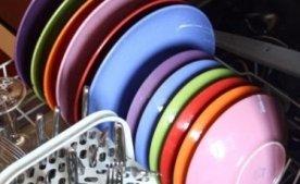 Как нужно располагать посуду в посудомоечной машине?